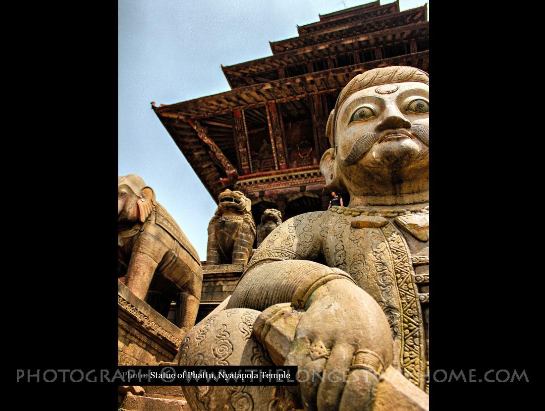 Nyatapola Temple Statue of Rajput wrestler Jayamel or Phattu