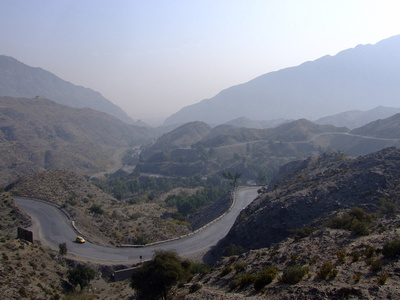 The Khyber Passes winding road before the valley