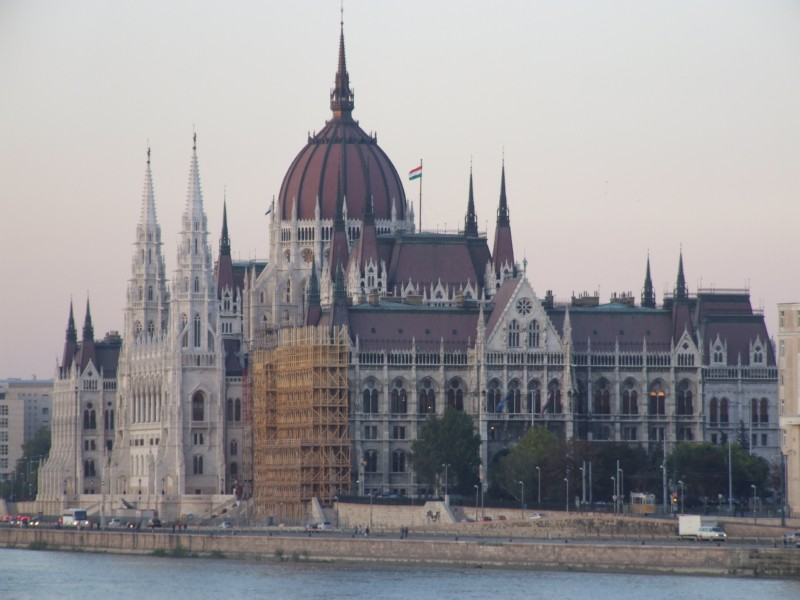 Hungarian House of Parliment, under renovation (click to enlarge)